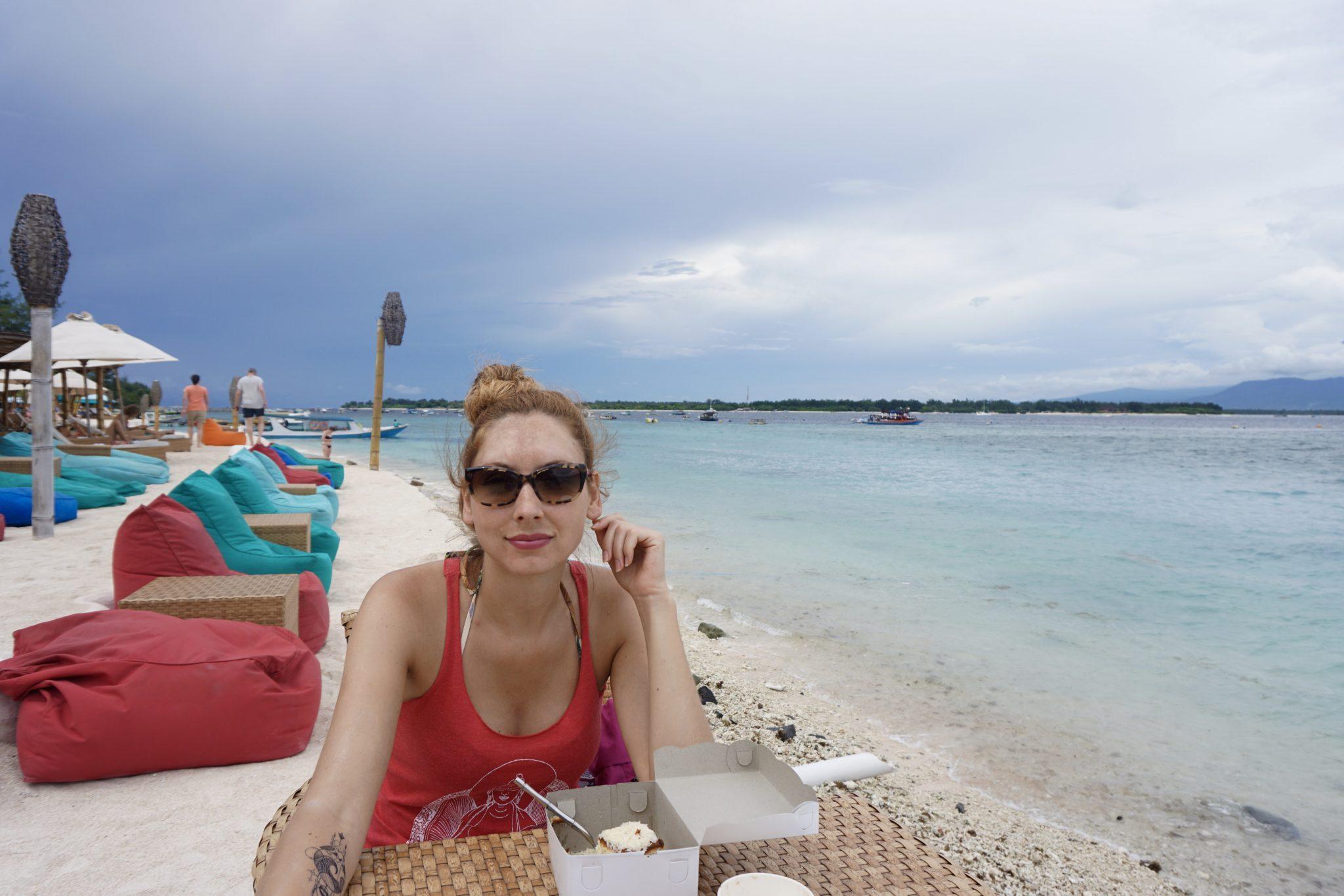 beach restaurant, gili t