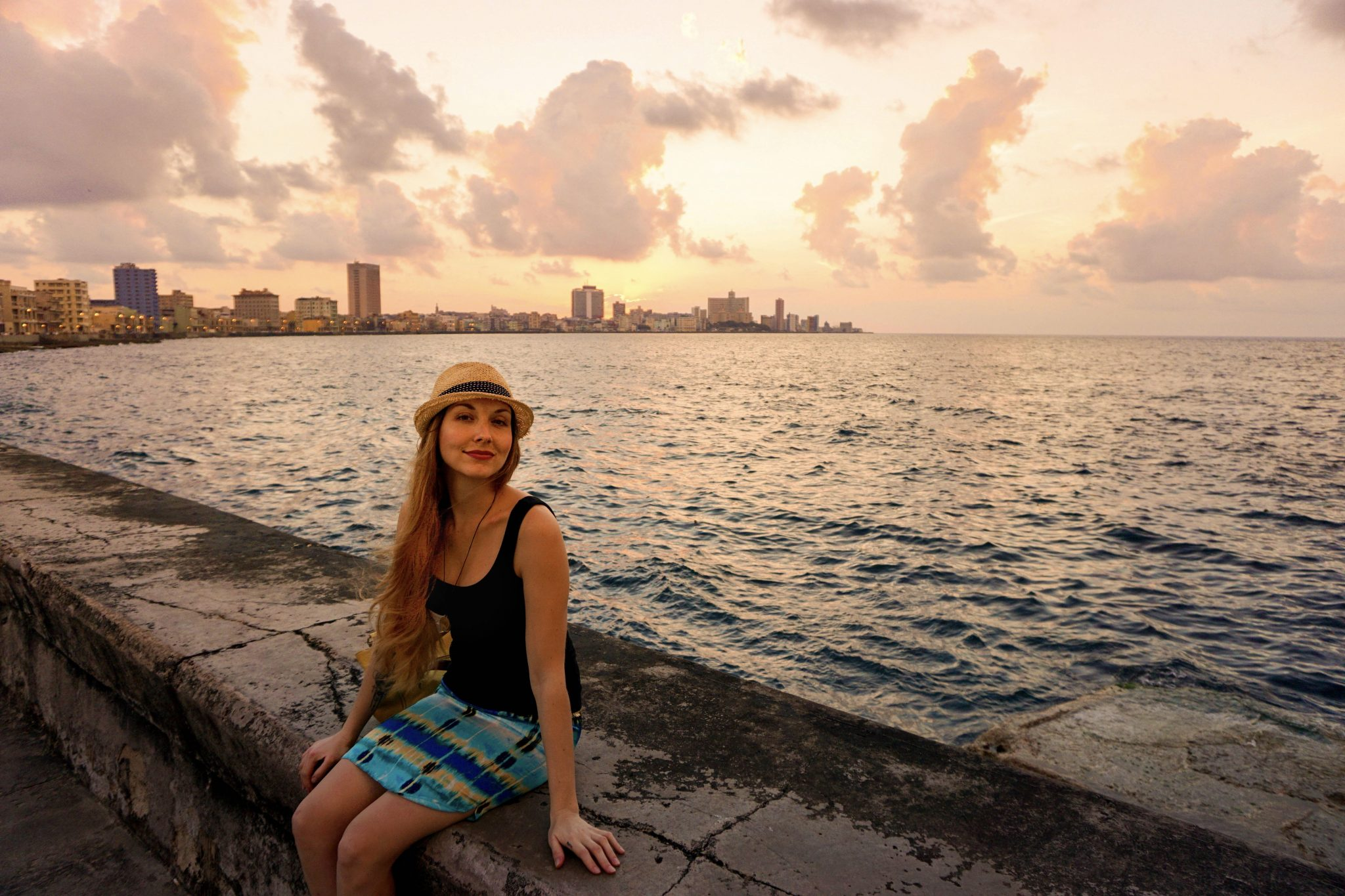 Havana, Cuba, malecon, boardwalk, sunset, ocean