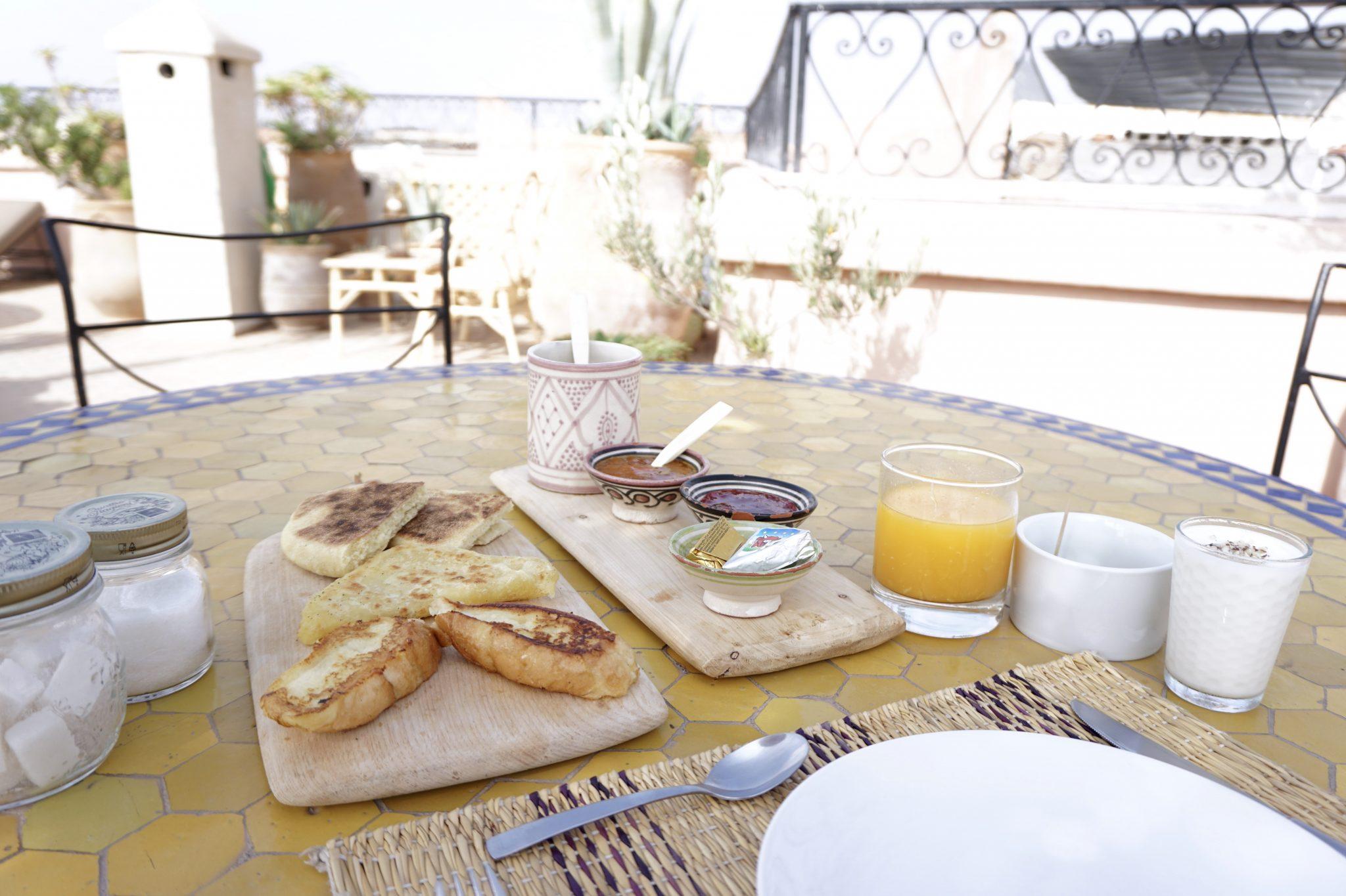 riad yasmine, breakfast, rooftop, marrakech, morocco