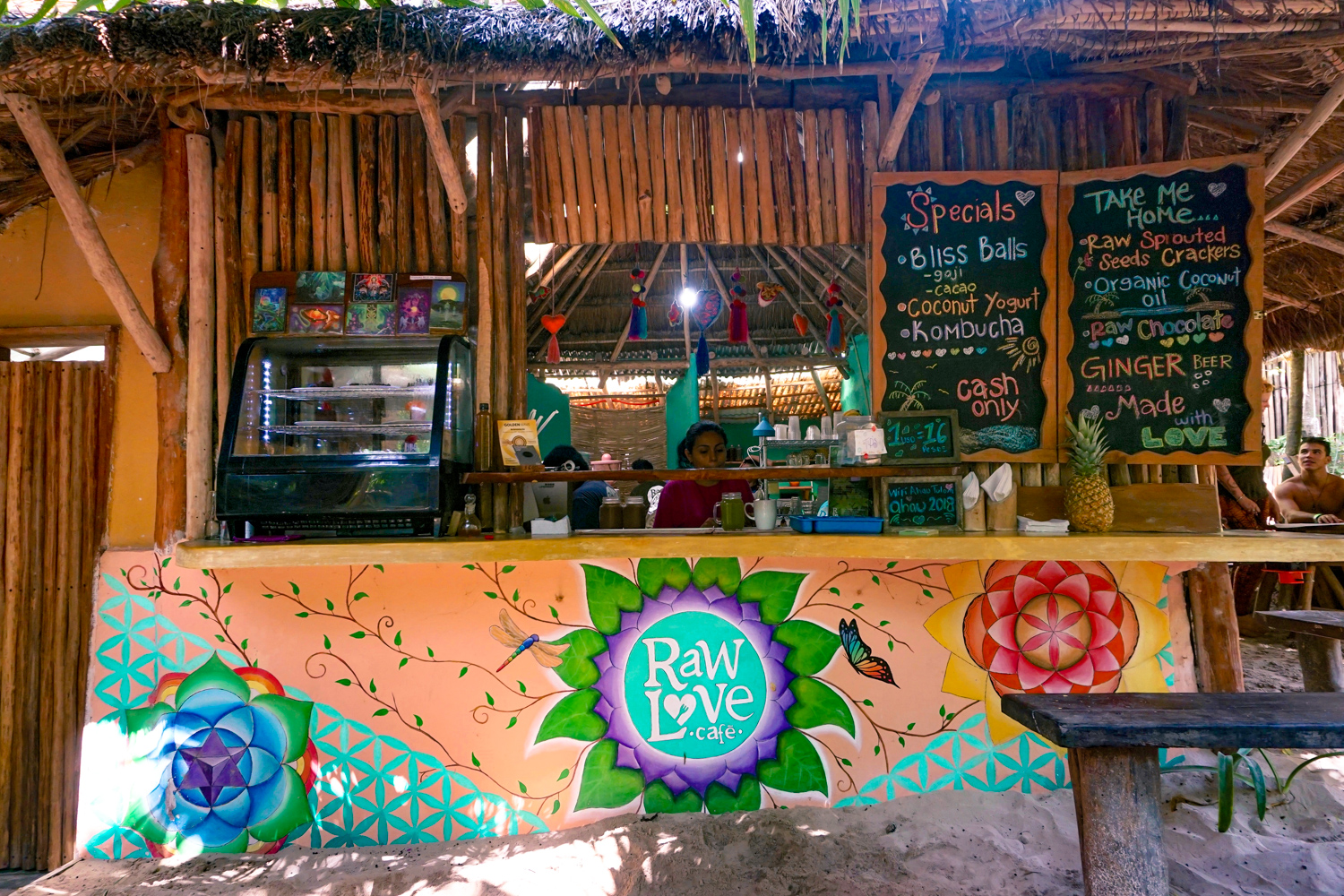 Raw Love Tulum vegan restaurant