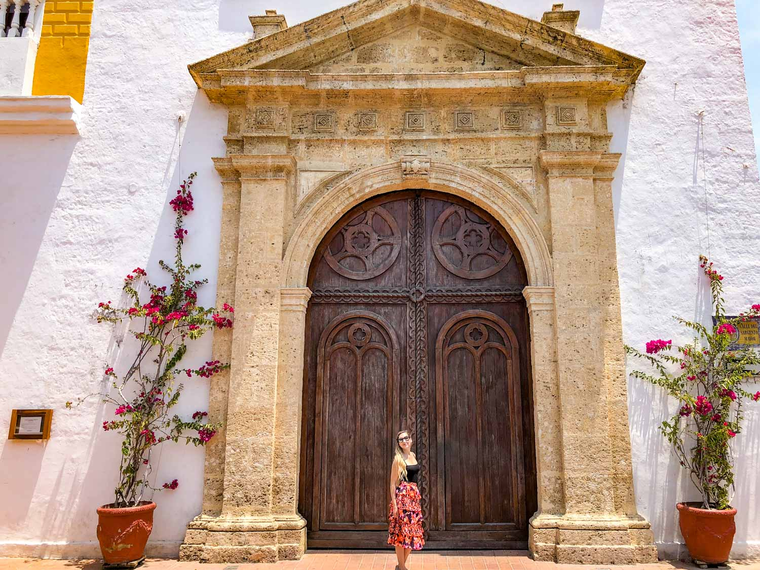 big doors in cartagena