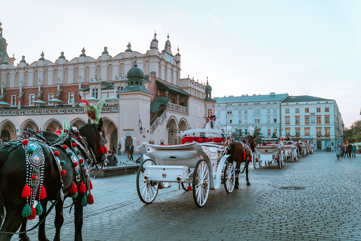 Krakow market square horse carriages