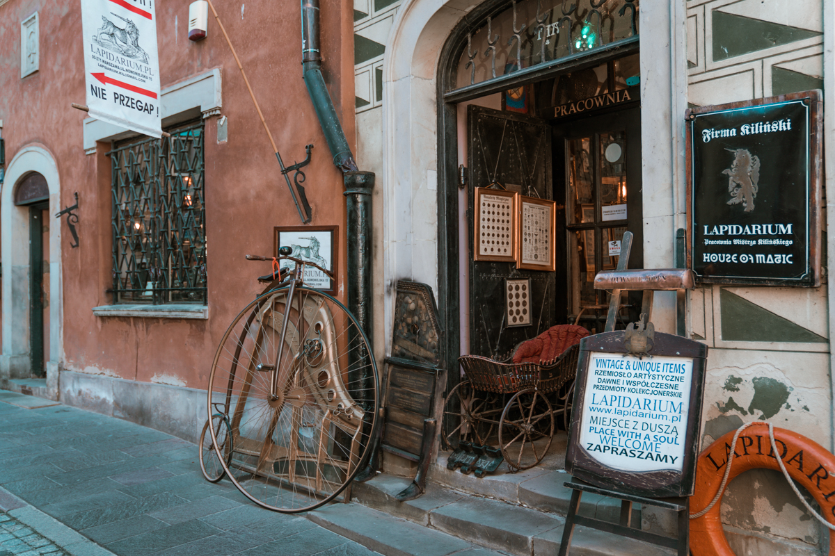 Warsaw Old Town bike shop