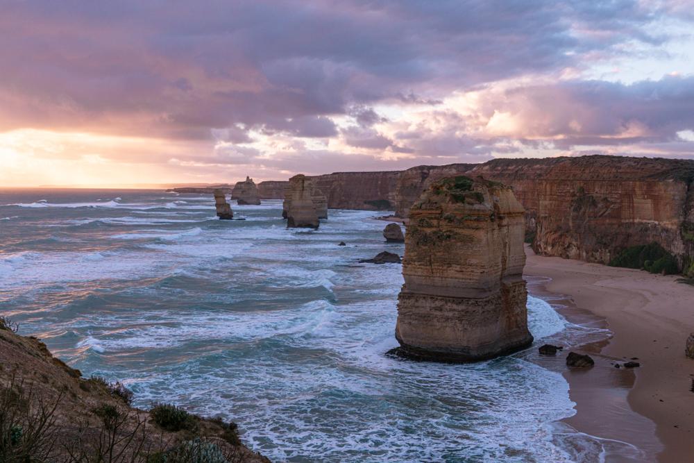 Great ocean road itinerary 12 Apostles sunrise