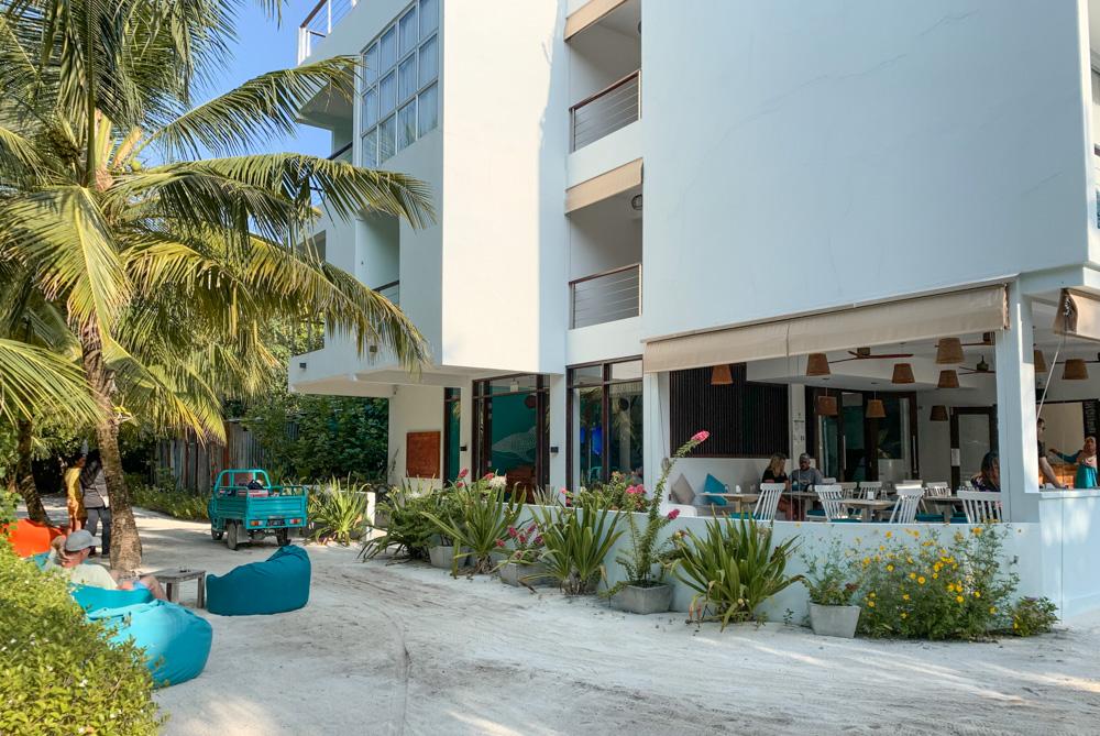 Bliss Dhigurah Hotel