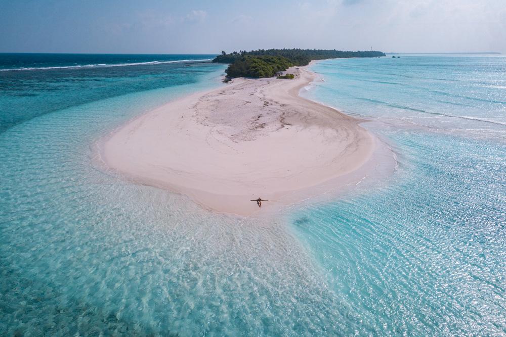 Fulhadhoo island drone