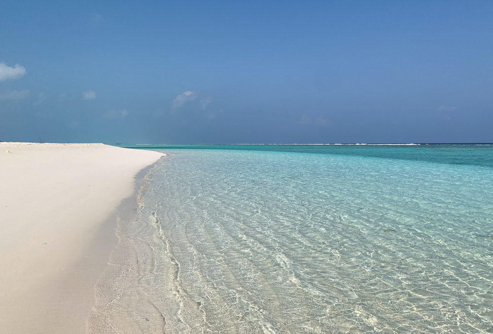 Clear blue water Fulhadhoo Maldives